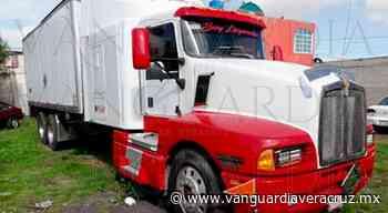 >> Asaltan a mano armada a camionero en Altotonga << - Vanguardia de Veracruz