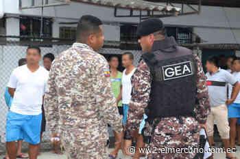 Reclusos acusados de asesinato en Bahía de Caráquez son trasladados al CRS Turi - El Mercurio (Ecuador)