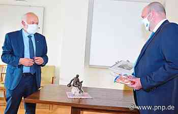 Christian Mende übergibt das Bürgermeisteramt an Maik Krieger - Passauer Neue Presse