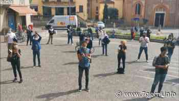 I negozianti di Melegnano e San Donato danno il via alla protesta contro il Governo: «Chiediamo l'azzeramento delle tasse e aiuti concreti subito» - 7giorni