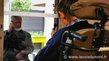 À Bondues et Mouvaux, les visites en EHPAD ont lieu à travers une vitre mais sans masques - La Voix du Nord
