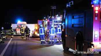 Autobahn 38 nach Unfall bei Nordhausen stundenlang gesperrt - MDR