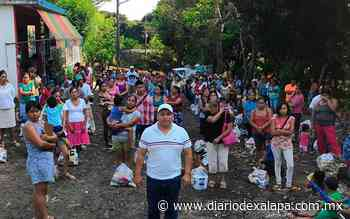 Acusan a alcalde de Catemaco de entregar despensas sin medidas de protección - Diario de Xalapa