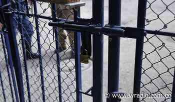 Corte Suprema ordena entregar 25 litros de agua por cada interno de la Cárcel de Guaduas - W Radio