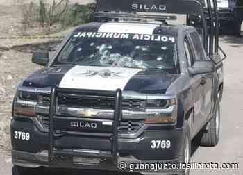 Policía de Silao esquiva más de 20 balazos; solo 2, hirieron su mano - lasillarota.com