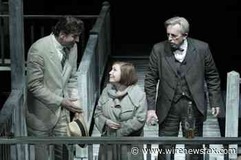 "What hurts the ""American Chekhov"": ""Long day's journey into night"" online MDT - Wire News Fax"