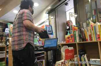 A Puteaux, Thomas le libraire maintient le lien avec ses clients - Le Parisien