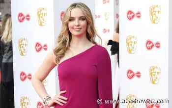 Jodie Comer and Ralph Fiennes Signed on for 'Matilda the Musical' Movie - AceShowbiz Media