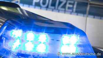 Autos beschädigt und Wand besprüht - Süddeutsche Zeitung