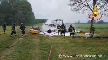 Incendio Argelato oggi, trattore va a fuoco. Arrivano i pompieri - il Resto del Carlino