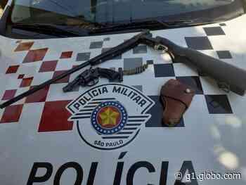 Após denúncia, Polícia Militar apreende armas de fogo e munições em Rancharia - G1