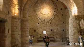 VIDEO. Lannion. Artistes en confinement : l'accordéon de Fred Guichen résonne dans une chapelle - actu.fr