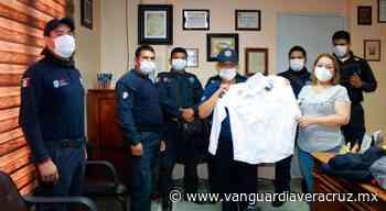 Entregan equipos y uniformes a Policías en Coatzintla - Vanguardia de Veracruz