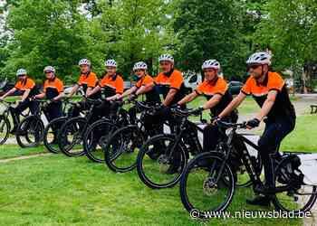 Inspecteurs van nieuwe fietsbrigade rijden op batterij en dragen altijd bodycam