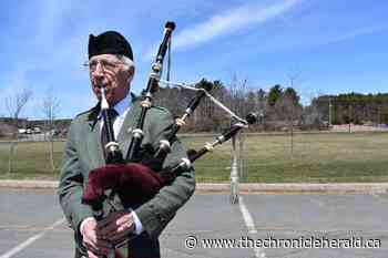 VIDEO: North Kentville piper dedicates original composition to Portapique - TheChronicleHerald.ca