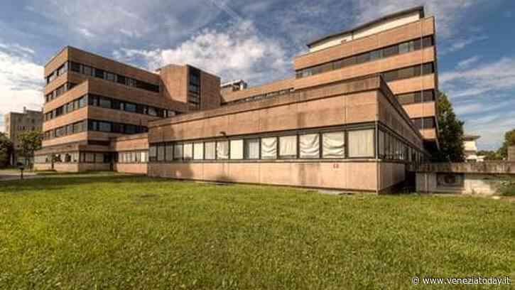Noale, il sindaco Andreotti: «Il focolaio all'ospedale dice quanto il virus sia subdolo» - VeneziaToday