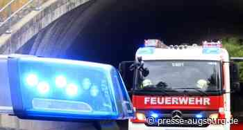 Asbach-Bäumenheim   Werkstatt komplett ausgebrannt - Presse Augsburg
