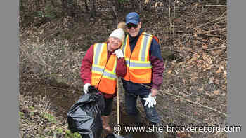 Roadside spring cleanup in Brome Lake - Sherbrooke Record