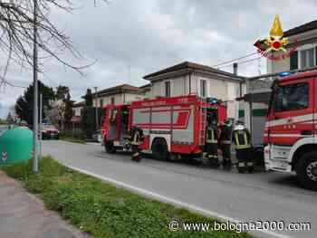 A fuoco officina a Molinella - Bologna 2000