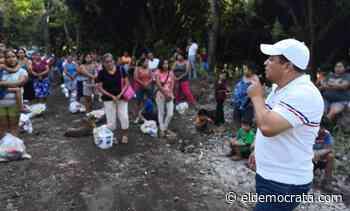 Continúa la entrega de apoyos en Catemaco ante la crisis sanitaria - El Demócrata