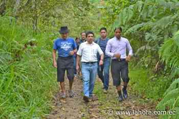 Ciudadanos de Yantzaza exponen sus necesidades al prefecto - La Hora - La Hora (Ecuador)