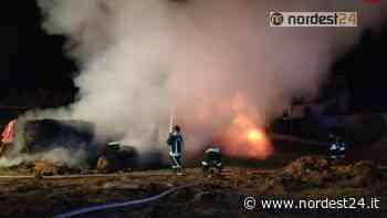 Incendio a Santa Maria di Sala (VE): bruciate 30 rotoballe nella notte - Nordest24.it