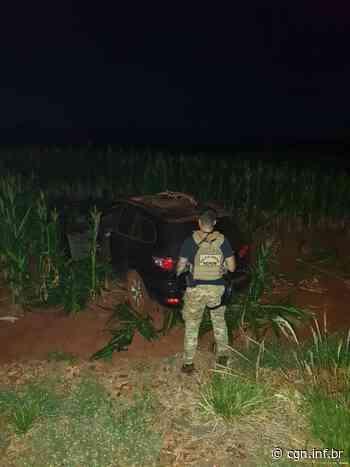 Policiais realizam apreensão de dois veículos carregados com cigarros em Terra Roxa - CGN