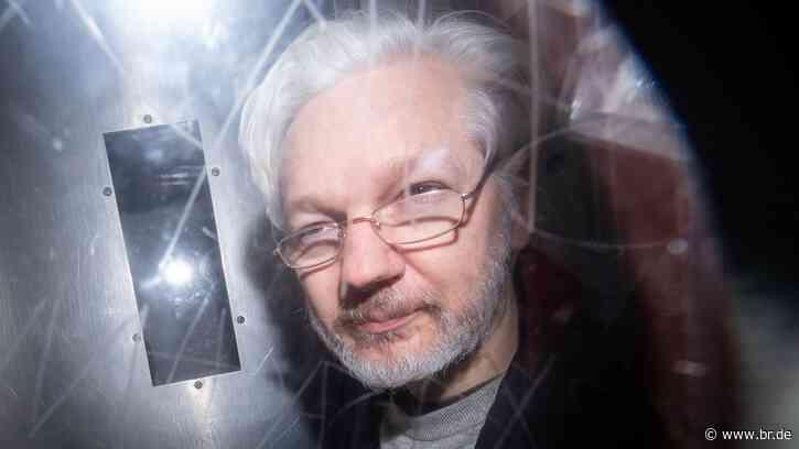 Vor einem Jahr wurde Julian Assange festgenommen - BR24