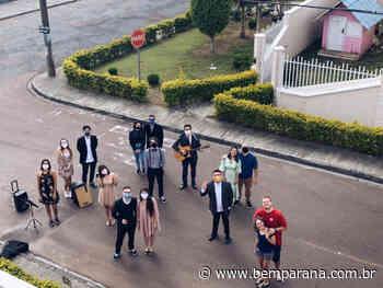 Noivos curitibanos com casamento adiado pelo coronavírus ganham surpresa. Veja vídeo - Jornal do Estado