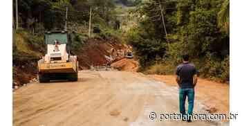 Importante obra de pavimentação para comunidade e turismo de Garopaba se encaminha para o fim - Portal AHora