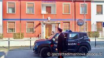 Scrive ai servizi sociali di Ostiglia per denunciare anni di violenze: arrestato il marito padrone - La Gazzetta di Mantova