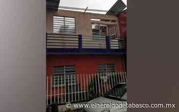 Fuertes vientos derriban árboles y arrancan techos en Teapa - El Heraldo de Tabasco