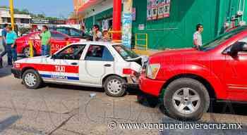 Mujeres lesionadas en choque, en Coatzintla - Vanguardia de Veracruz