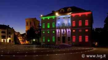 Loano, Palazzo Doria si veste di luce con il Tricolore - IVG.it