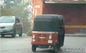 """Mototaxis y """"pailitas"""" continúan transportando personas en la capital - hch.tv"""