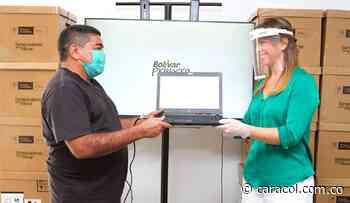 Colegios de Achí y Hatillo de Loba- Bolívar reciben computadores - Caracol Radio