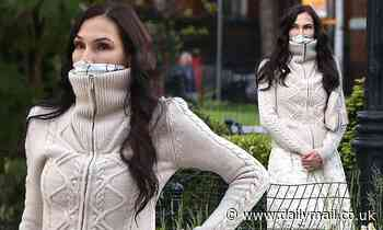 Famke Janssen enjoys a stroll in the park amid coronavirus pandemic - Daily Mail