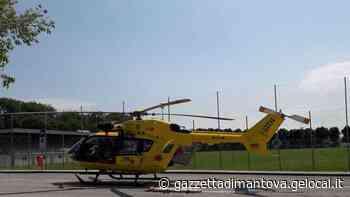 Il Suv fa retromarcia e travolge un ciclista: grave 59enne di Quistello - La Gazzetta di Mantova