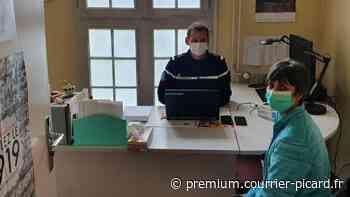 Les gendarmes de Senlis se rendent à l'hôpital à l'écoute des personnels soignants - Courrier picard