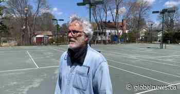Crews trying to get Pointe-Claire tennis courts ready for May 15 - Global News