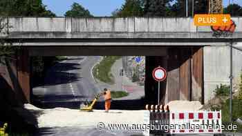 Bahnhofsbrücke wird teilweise abgerissen: Kein Weg führt zum Gleis nach Augsburg - Augsburger Allgemeine