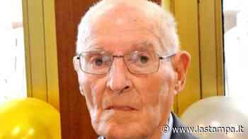 """Il """"nonnino"""" di Gozzano ha compiuto oggi 103 anni. Festa nella casa di riposo sul lago d'Orta - La Stampa"""