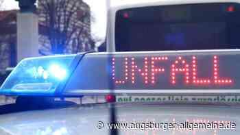 Unfall beim Abladen eines Autotransporters - Augsburger Allgemeine