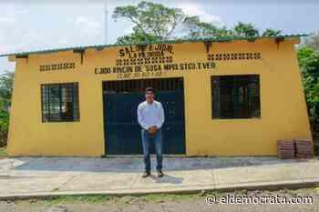 Reparan techo del Salón Ejidal de Santiago Tuxtla - El Demócrata