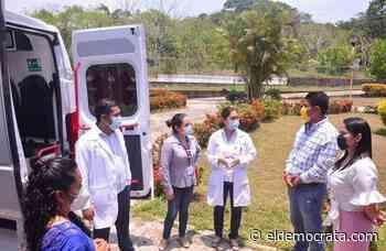 Diputada local entrega ambulancia a hospital de Santiago Tuxtla - El Demócrata