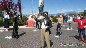 Commercianti, proteste in piazza con le chiavi - L'Arena