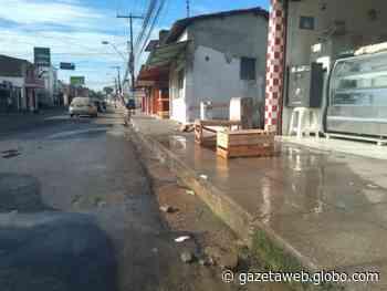 Vazamento de água chama a atenção de moradores no bairro de Bebedouro - Gazetaweb.com