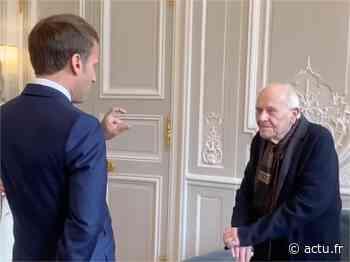 Chevilly-Larue. Le plus vieux médecin de France reçu à l'Elysée par Emmanuel Macron - actu.fr