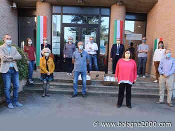Un gruppo di aziende di Cavriago dona oltre 5mila mascherine di cotone alle famiglie del paese - Bologna 2000