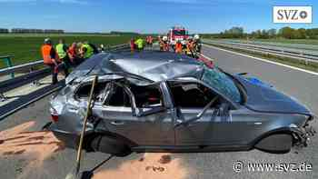 Röbel/Wittstock: Auto überschlägt sich auf der A19 | svz.de - svz.de